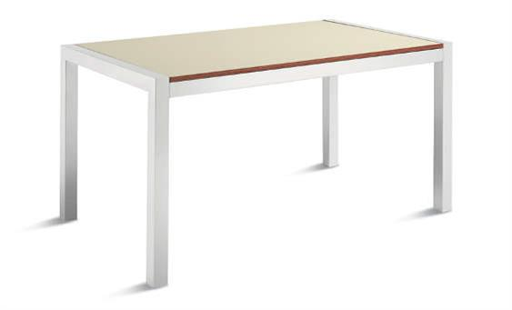 Quadrifoglio table picture 1